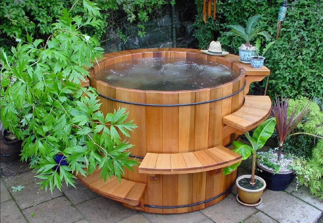 wood hot tub